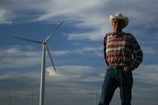 Cliff_Etheredge_Roscoe_TX_Windfarmer_credit_Peter_Byck_th